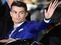 Роналду откупился за шесть миллионов