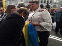 Надежда Савченко на парадае в Киеве